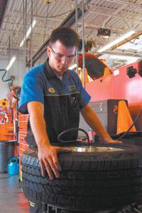 Tire Installer T1